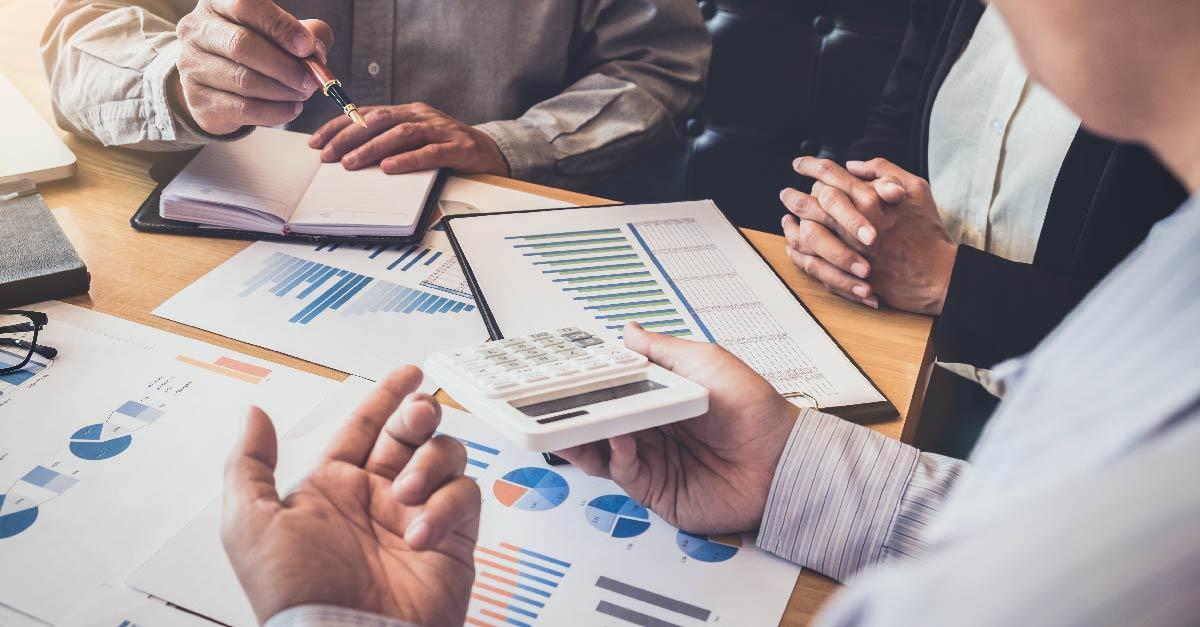 Diretores da Viasoft apresentam o crescimento da empresa em 2015