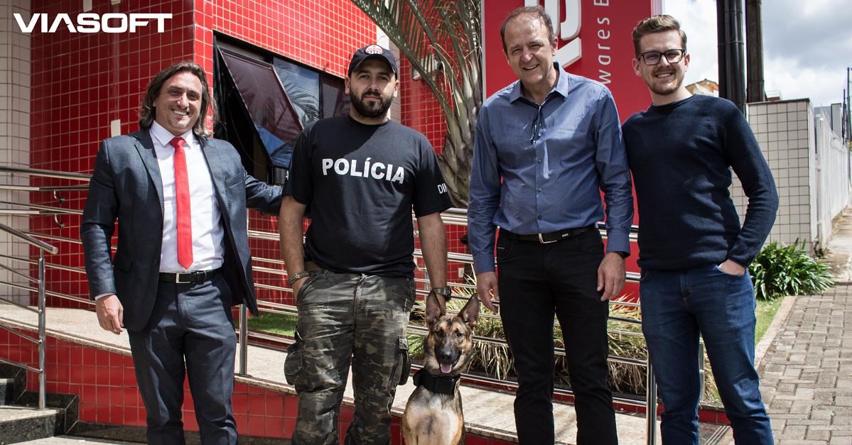 Núcleo de Operações com Cães de Pato Branco recebe apoio da VIASOFT